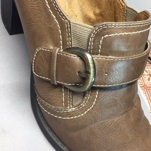 Naturalizer Shoes - Natural Sole shoe booties